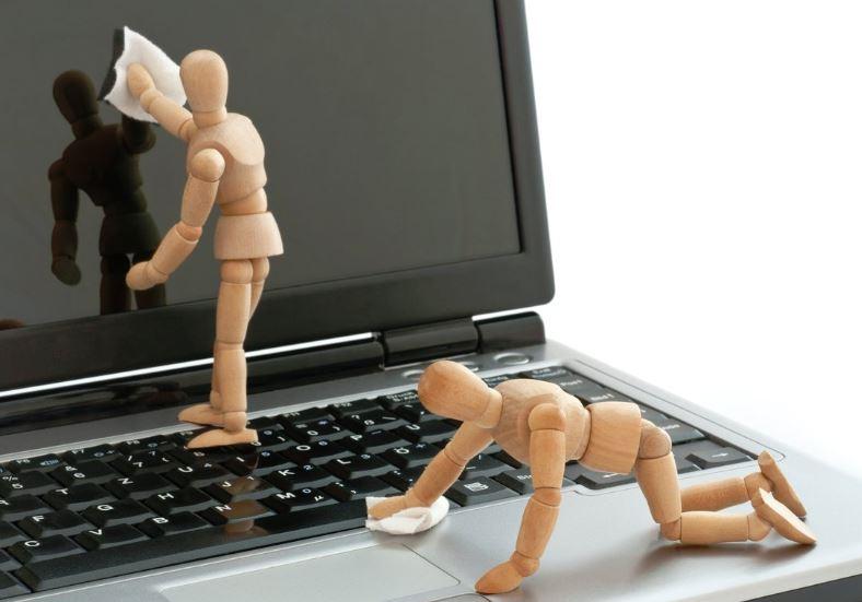 cómo limpiar un ordenador portátil