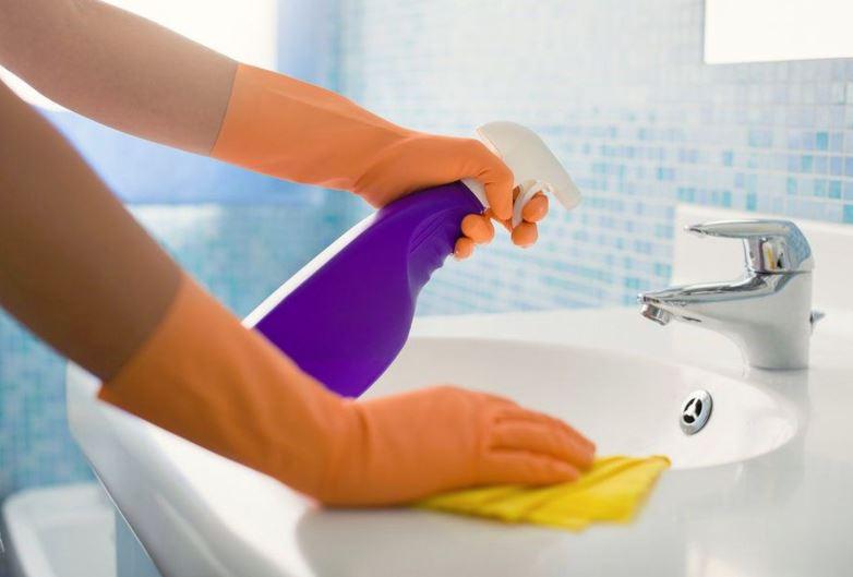 como limpiar aluminio pulido con detergente
