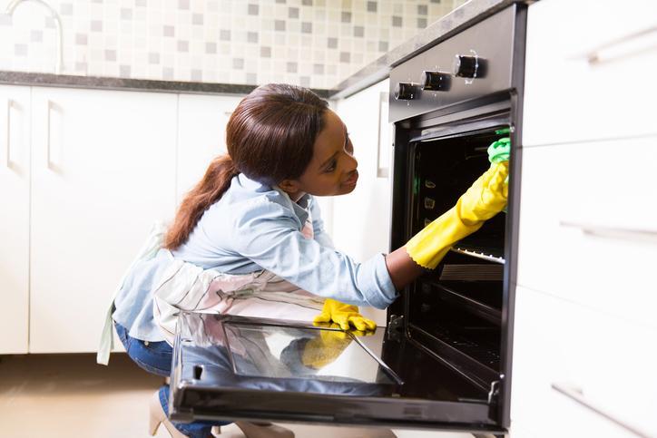 como limpiar mi horno con bicarbonato