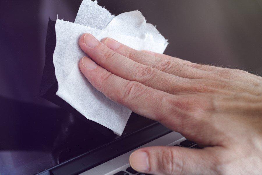 como limpiar pantalla led
