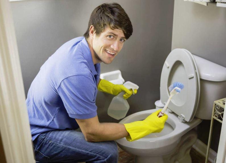 como sacar las manchas del inodoro