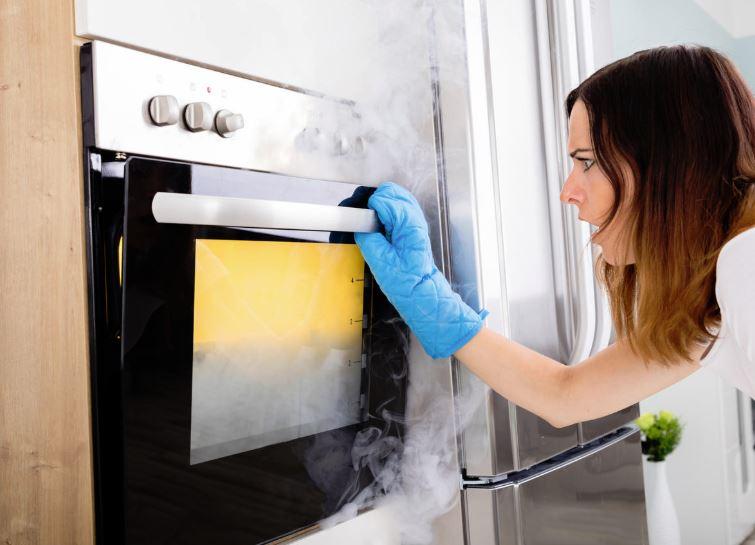 limpiar horno muy sucio y quemado