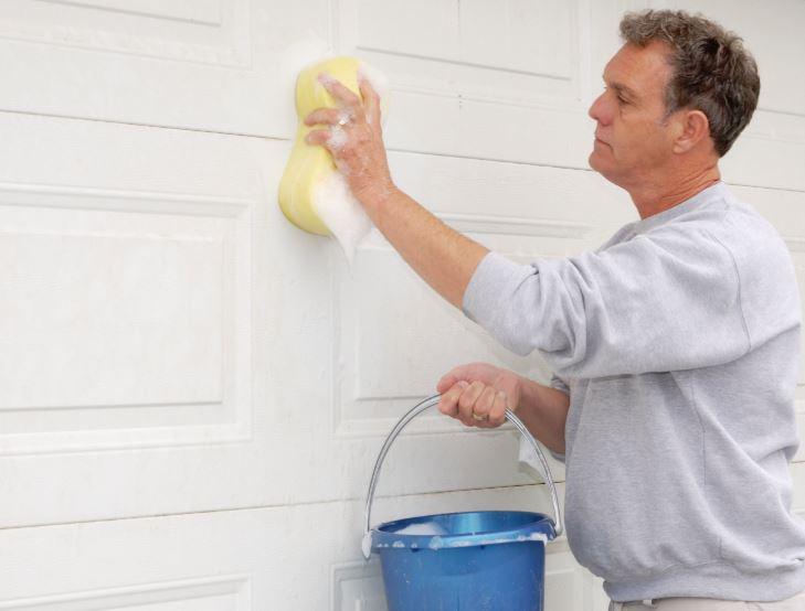 limpiar puerta corredera hogar