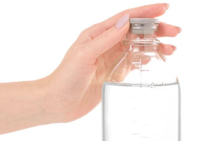 quitar cera depilatoria de la ropa con alcohol