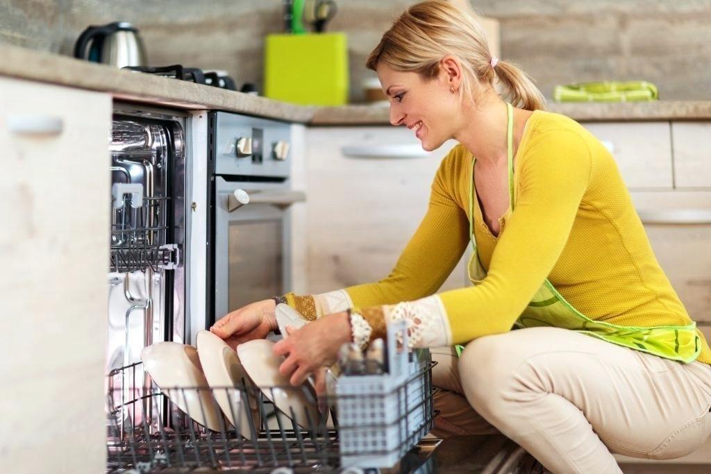 como cargar el lavavajillas correctamente
