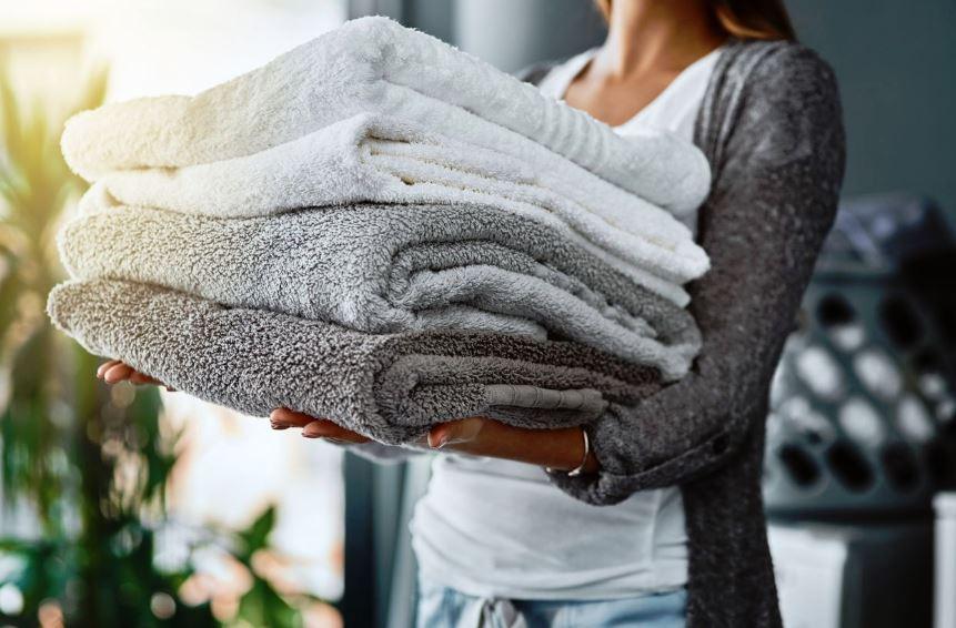 como quitar el mal olor de las toallas