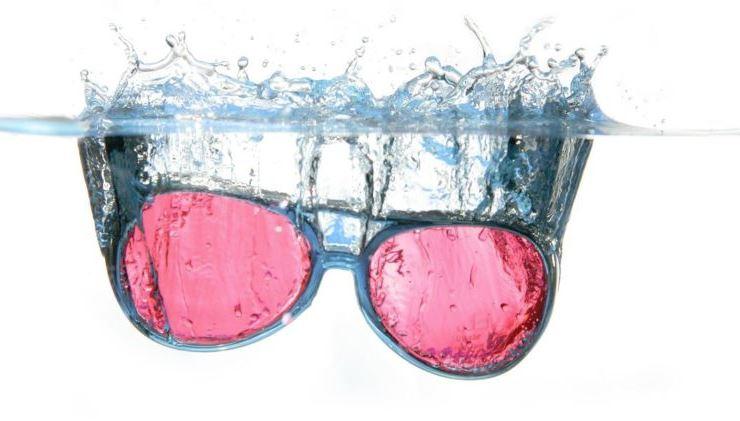 como limpiar gafas de sol polarizadas