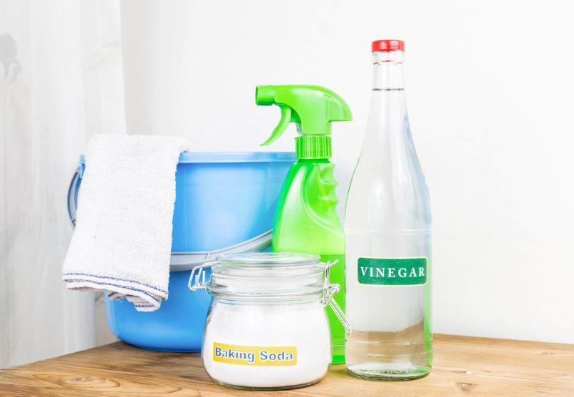 limpiar bañera bebe con vinagre y bicarbonato