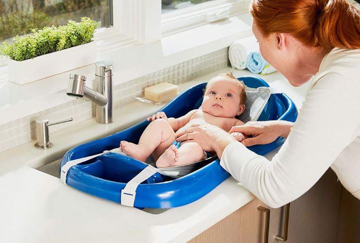 mantenimiento de una bañera de un bebe
