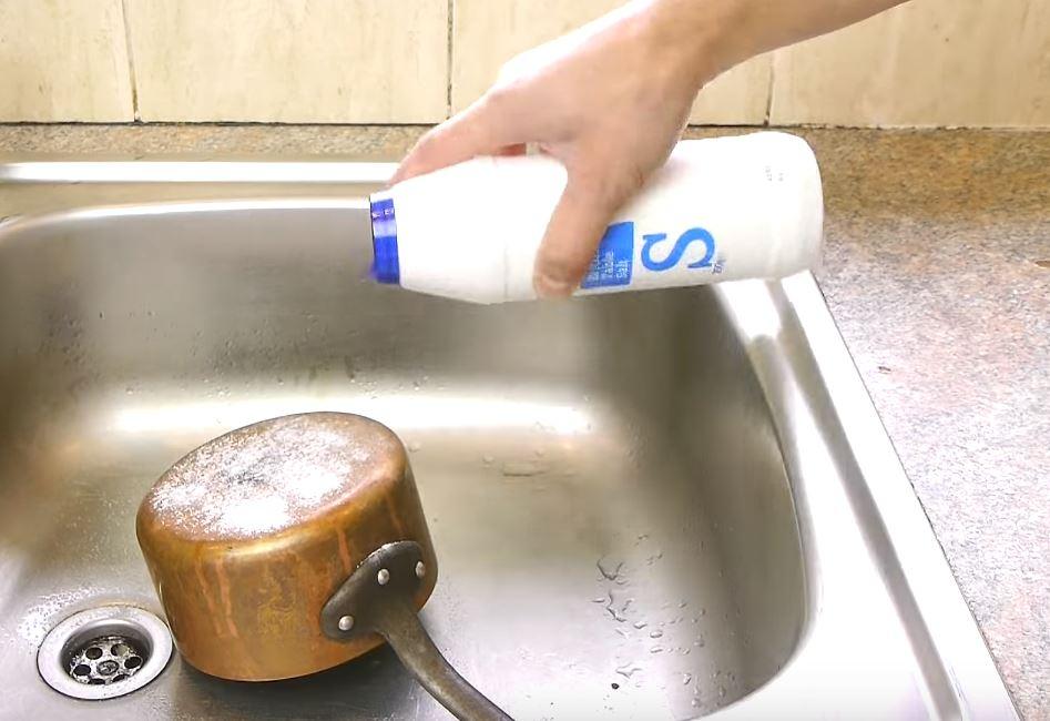 como limpiar cobre con bicarbonato
