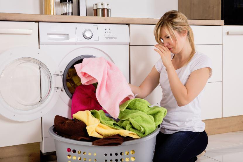 eliminar olor sudor ropa amoniaco