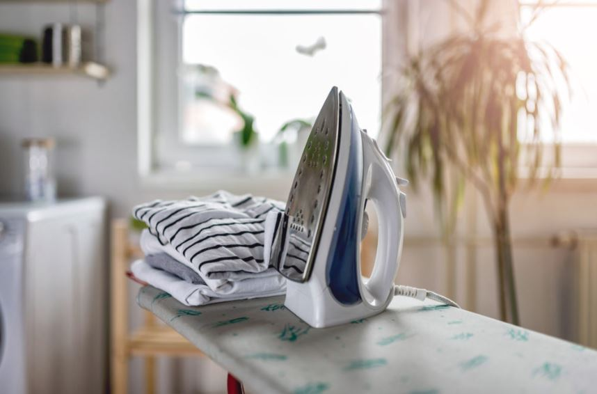 mantenimiento de la plancha de la ropa