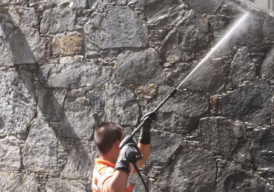 limpieza de fachadas de piedra