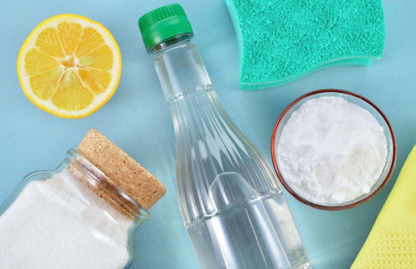 quitar manchas de aceite viejas en la ropa con limon vinagre