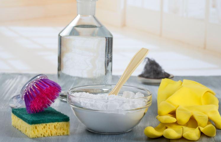 el bicarbonato sirve para limpiar el marmol