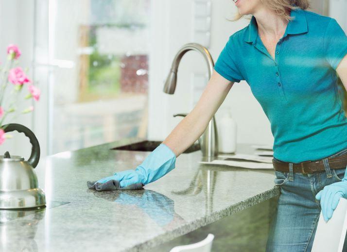 limpiar encimera marmol cocina