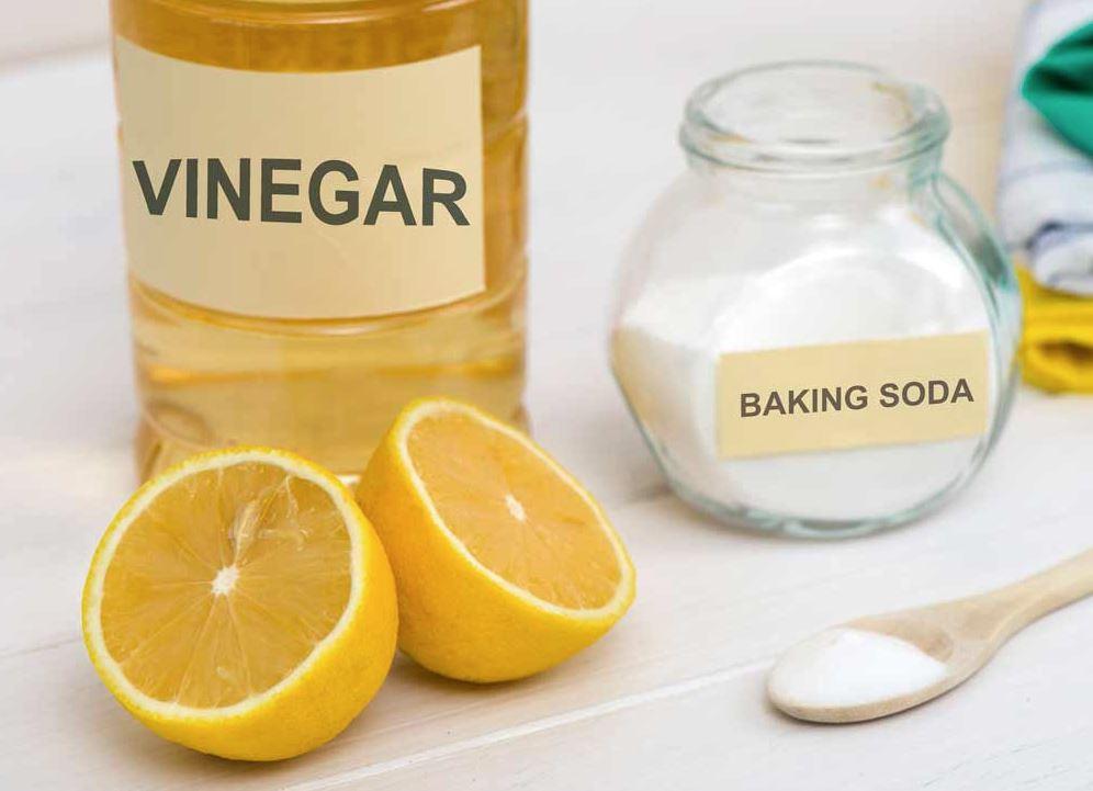 limpiar plancha de vapor con vinagre y bicarbonato