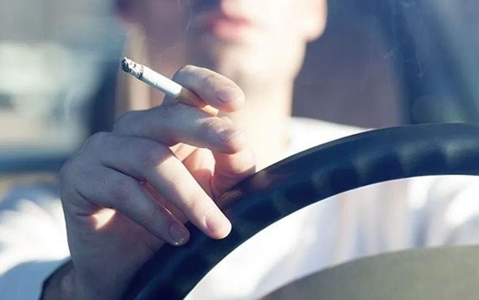 eliminar olor a tabaco en la ropa