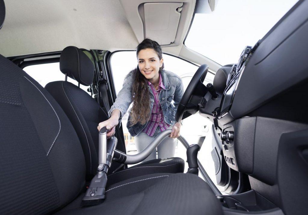 limpiar asientos de tela auto