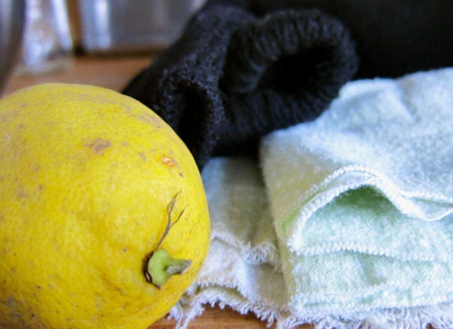limpiar manchas de grasa con limon