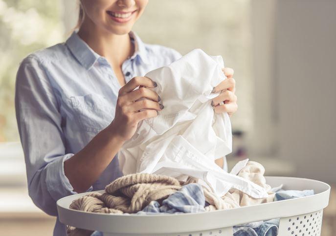 limpiar manchas humedad ropa