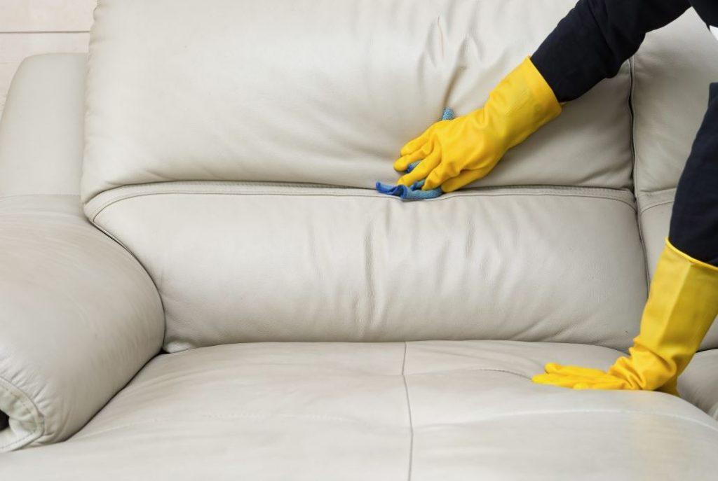 limpieza de sofas de piel a domicilio
