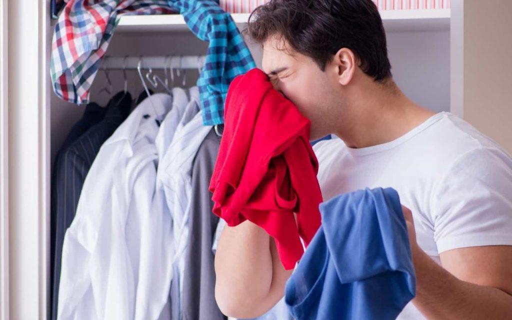 olor a tabaco en la ropa
