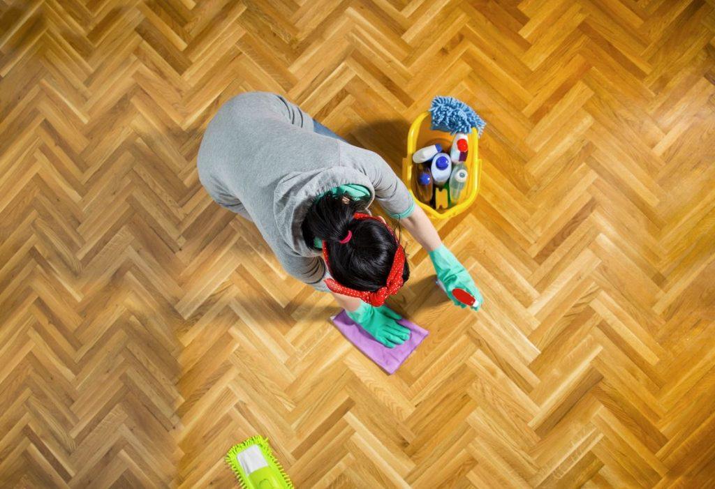 como conservar piso parquet
