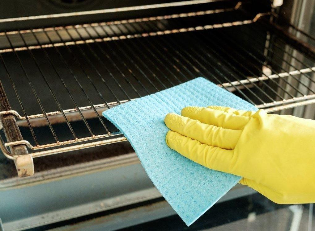 como sacar la grasa de las rejillas del horno