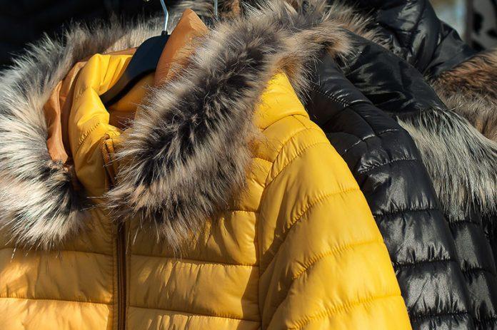 lavar abrigo de plumas