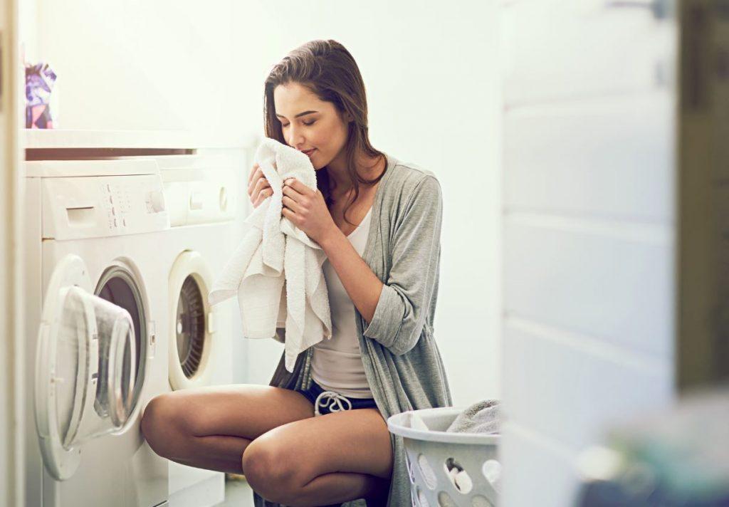 como hacer que la ropa huela bien