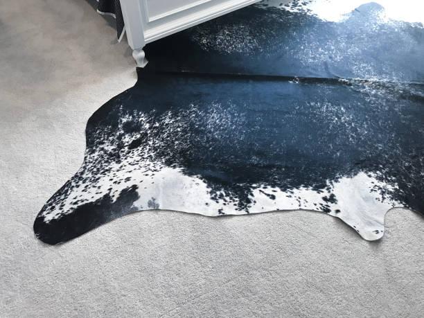 como limpiar una alfombra de cuero de vaca