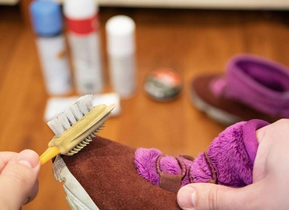 cual es el cepillo para limpiar gamuza