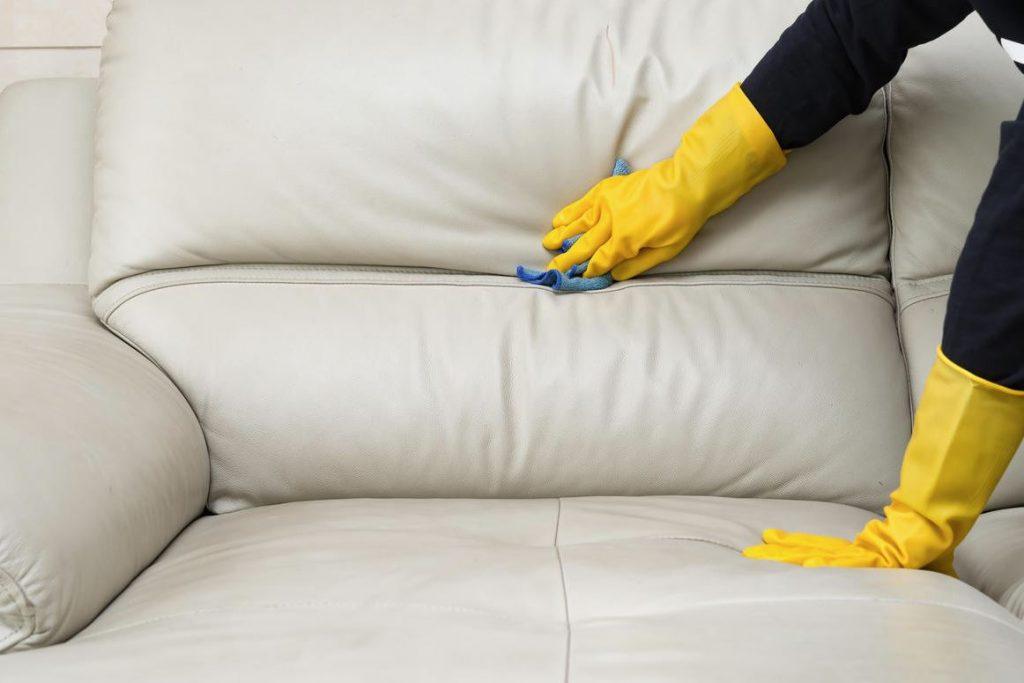 limpiar sofa de polipiel blanco muy sucio