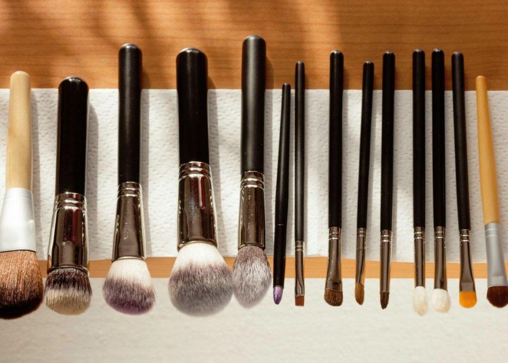 limpieza de brochas de maquillaje casero