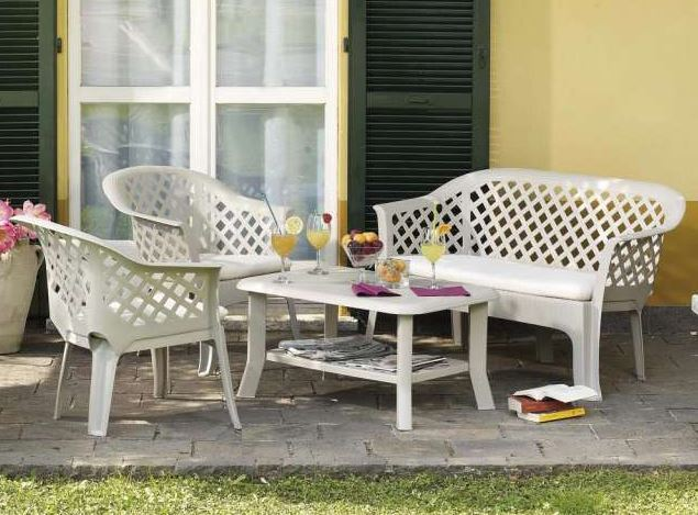 limpiar muebles de resina jardin