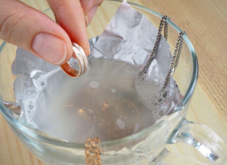 remedio casero para limpiar plata