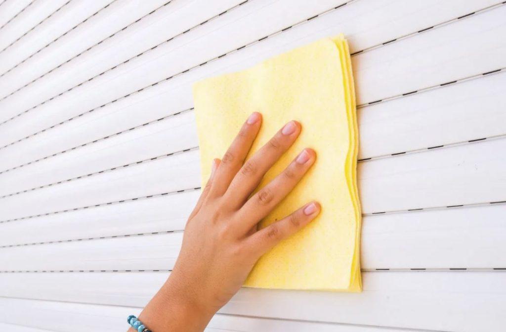 trucos para limpiar persianas por fuera