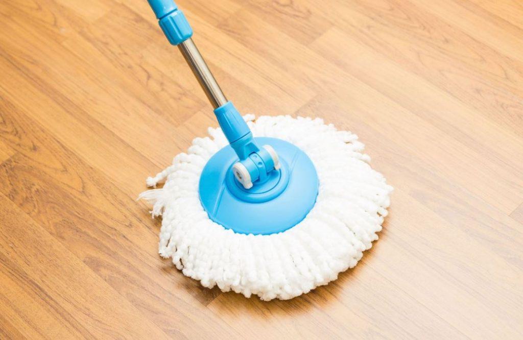 trucos para limpiar suelos de sintasol
