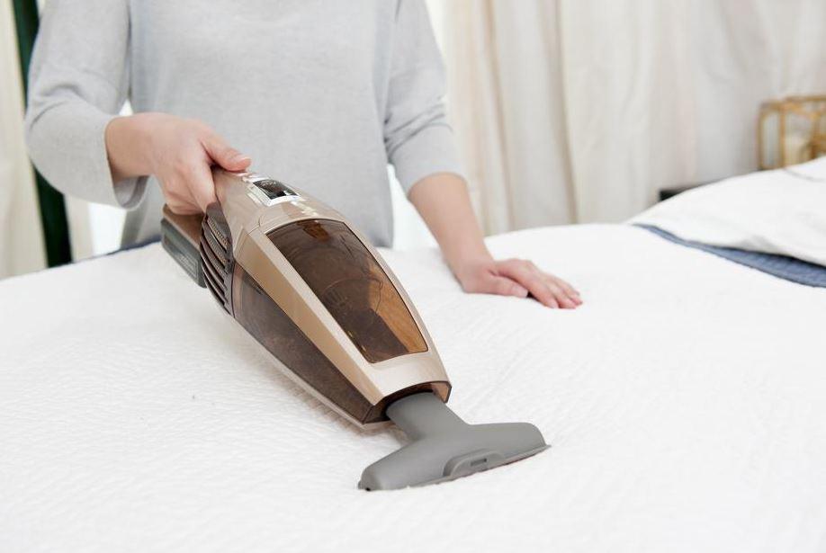 limpiar colchon viscoelastico con vaporeta o aspirador