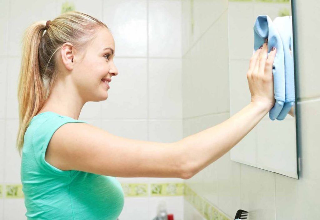 limpiar cristal baño con exito