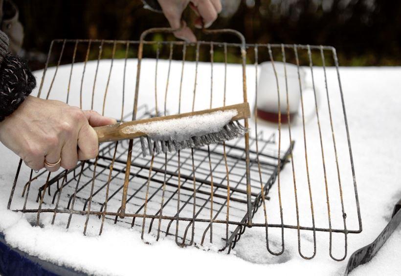 limpieza parrillas de asar carne