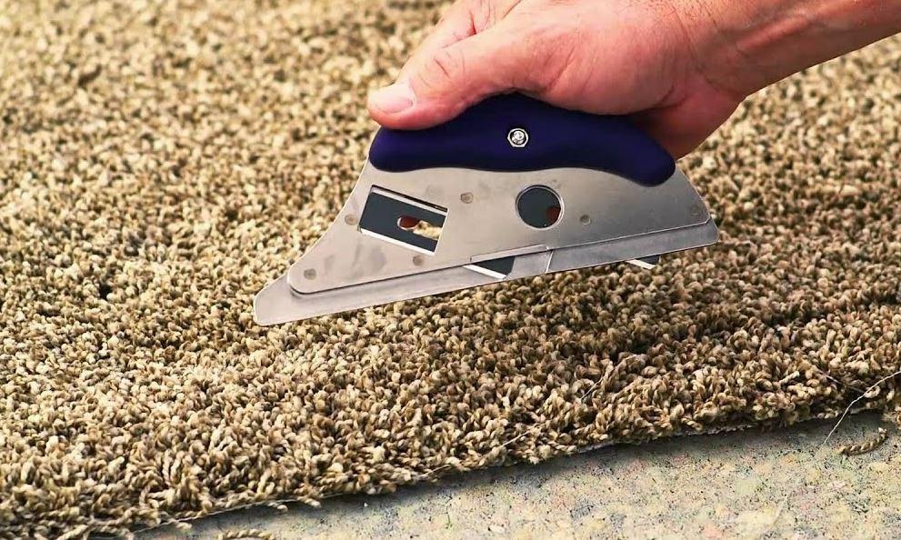 cortar alfombras de yute