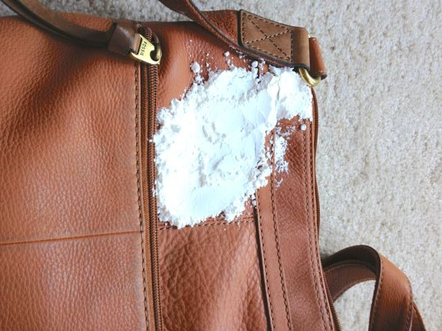 limpieza bolso piel polvos de talco