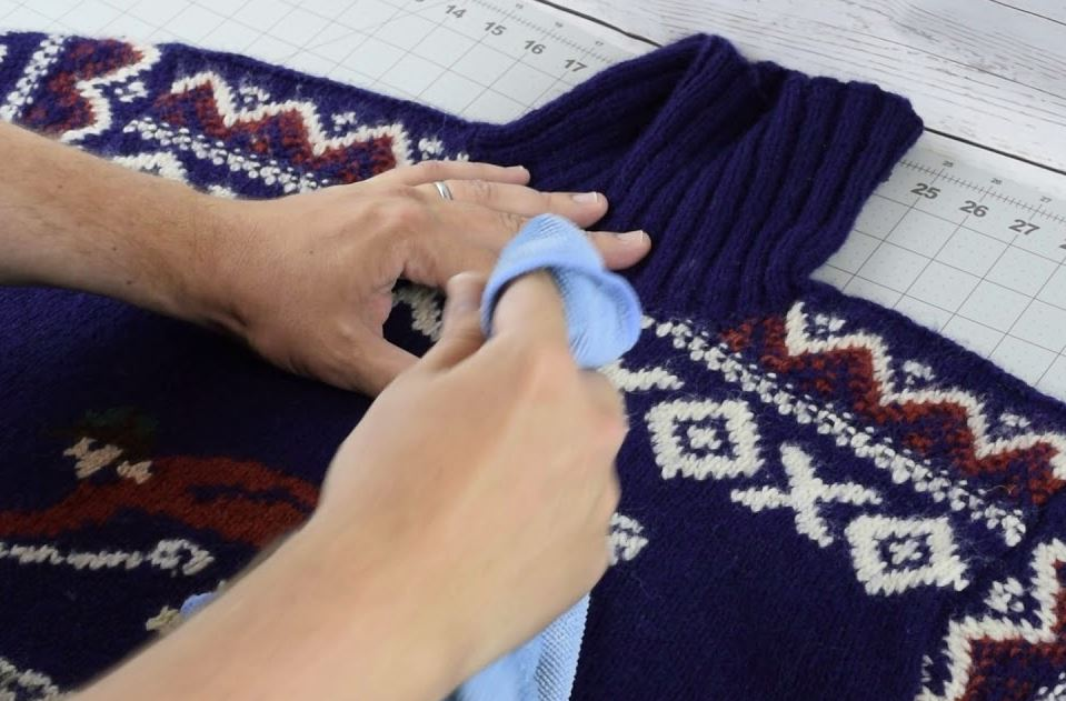 quitar manchas en jersey de lana