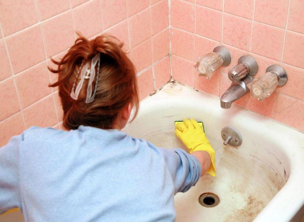 como limpiar la bañera con productos caseros