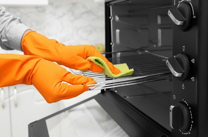 limpiar un horno eléctrico