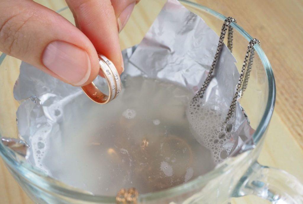 como limpiar oro y plata facilito