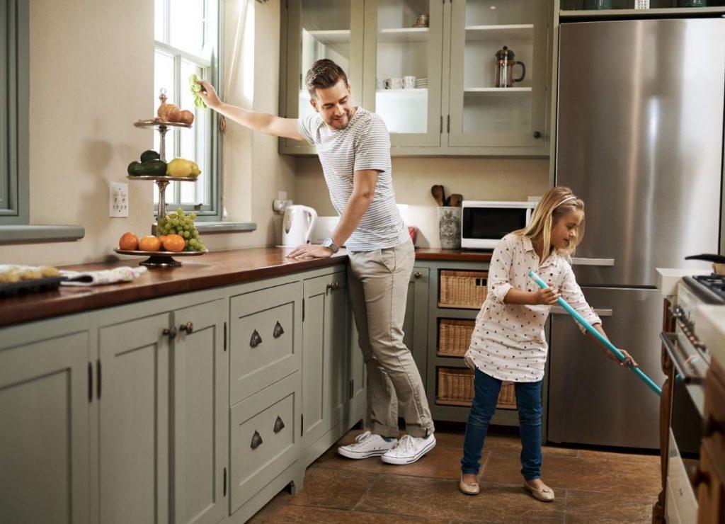como limpiar la cocina muy sucia