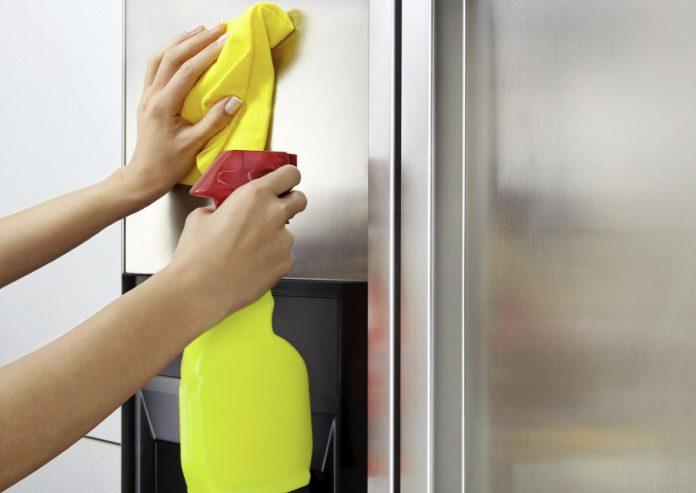 como limpiar un frigorifico de acero inoxidable por fuera